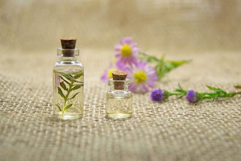 تصویری از یک عطر با رایحه گل