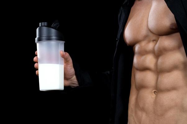 خواص شیر خشک و تاثیر آن بر روی بدنسازی
