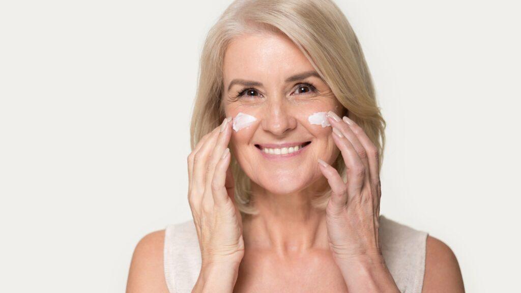 مزایای کرم ضد چروک برای پوست