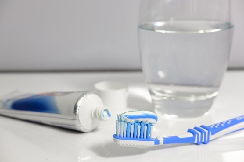 خمیر دندان فلوراید