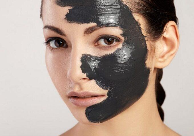 ماسک زغال و7 خاصیت آن برای زیبایی و سلامت پوست