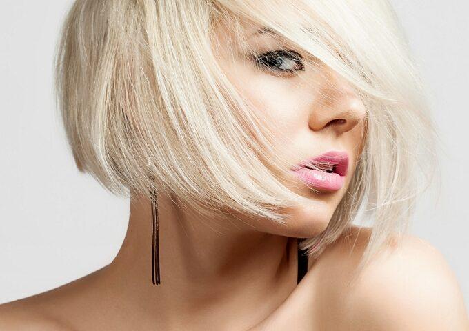 دکلره مو چیست و خطرات دکلره کردن که از آن بی اطلاعید