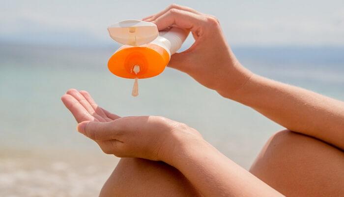 چه زمانی باید از ضد آفتاب استفاده کنم؟