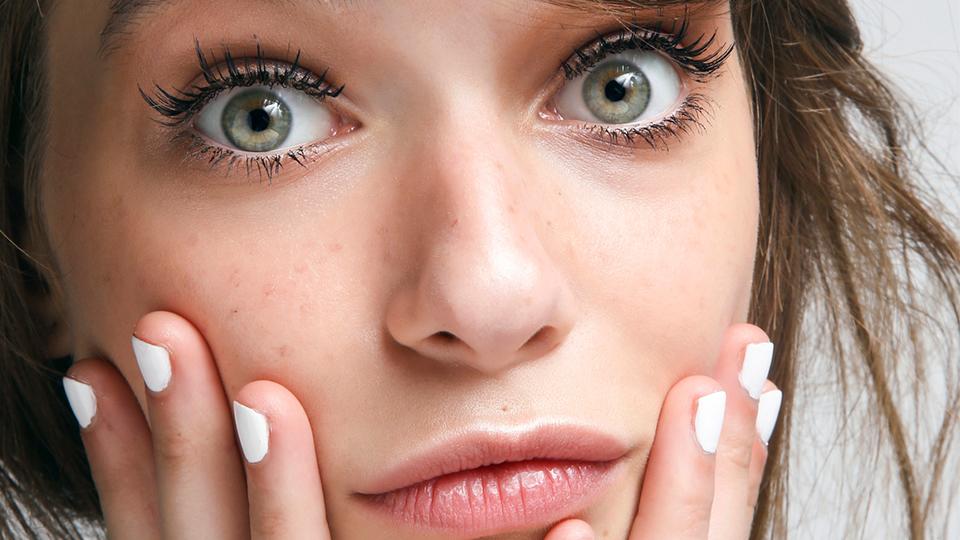 استفاده نکردن از پاک کننده آرایش چه عواقبی دارد؟